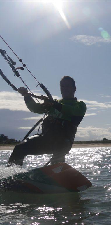 Kitesurfing lessons Sylvain Dubost
